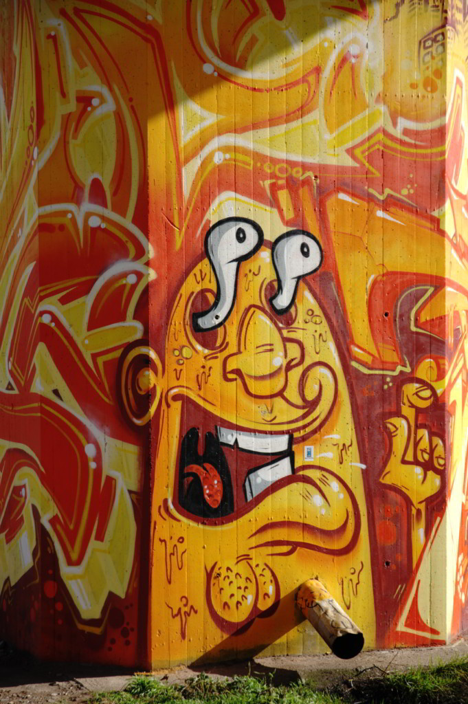 K-Nippes-Graffitistele-08