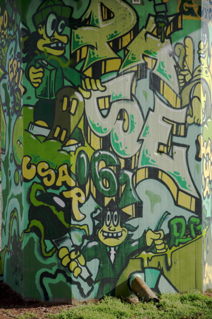 K-Nippes-Graffitistele-09