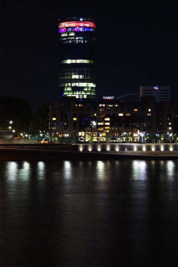 Koeln-Triangle-Nacht-002